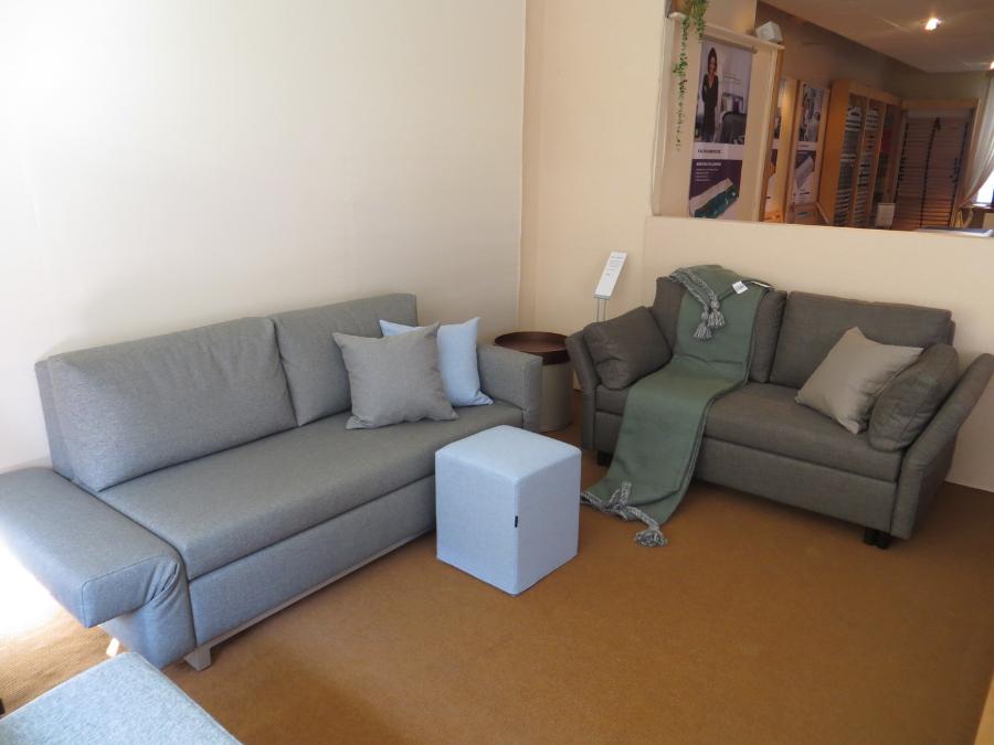 traumzeit schlafkultur blick in die ausstellung. Black Bedroom Furniture Sets. Home Design Ideas